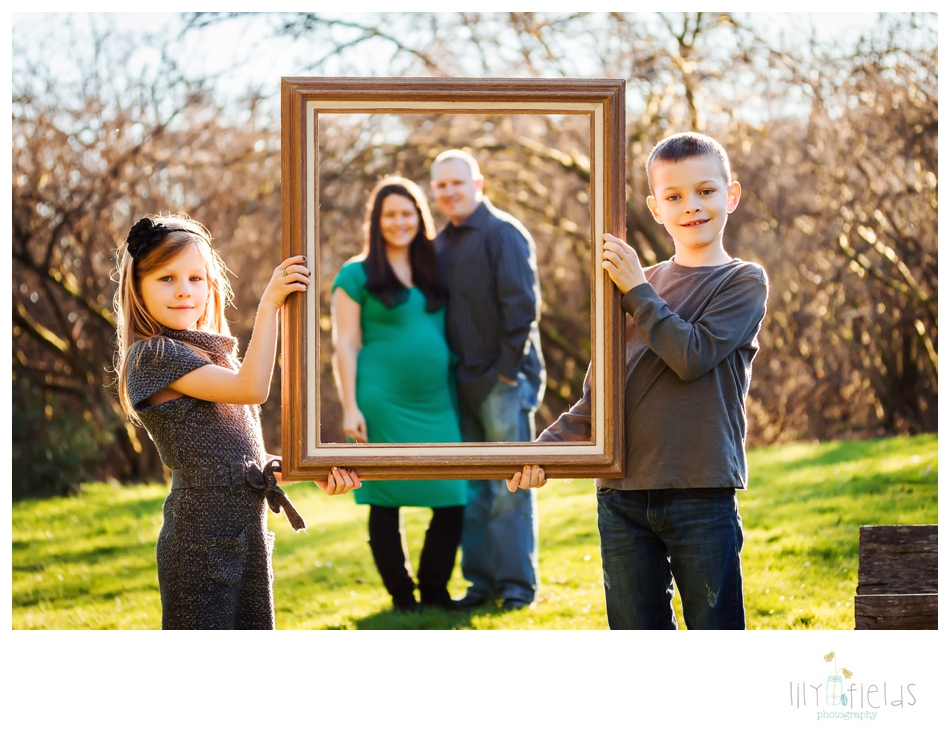 family photography, maternity photography, spring family photography