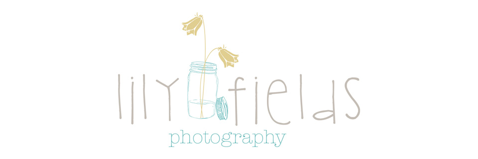 Lily Fields Photography logo